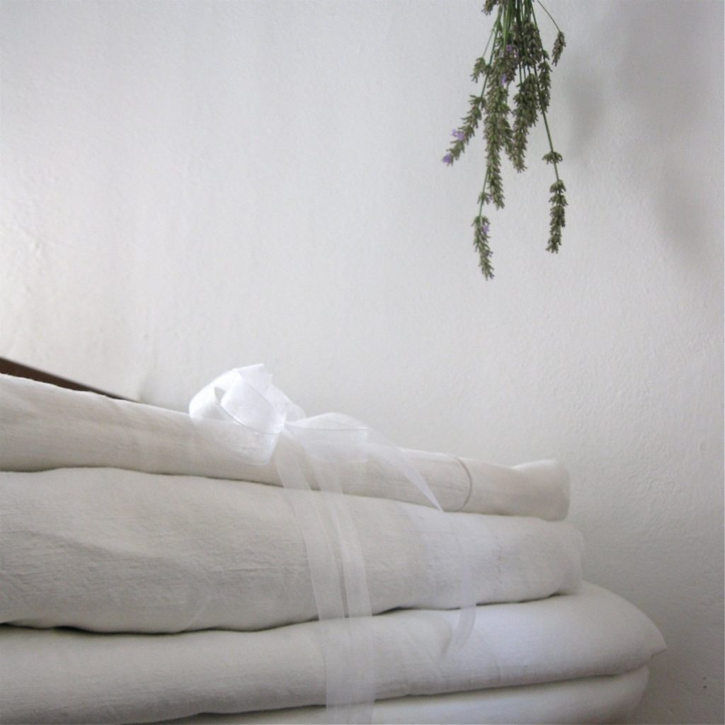 Linens_stacked_4